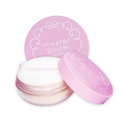 Mineral Bloom Loose Powder SPF20 PA+++ 8g Cathy Doll La Vie En Fleurs